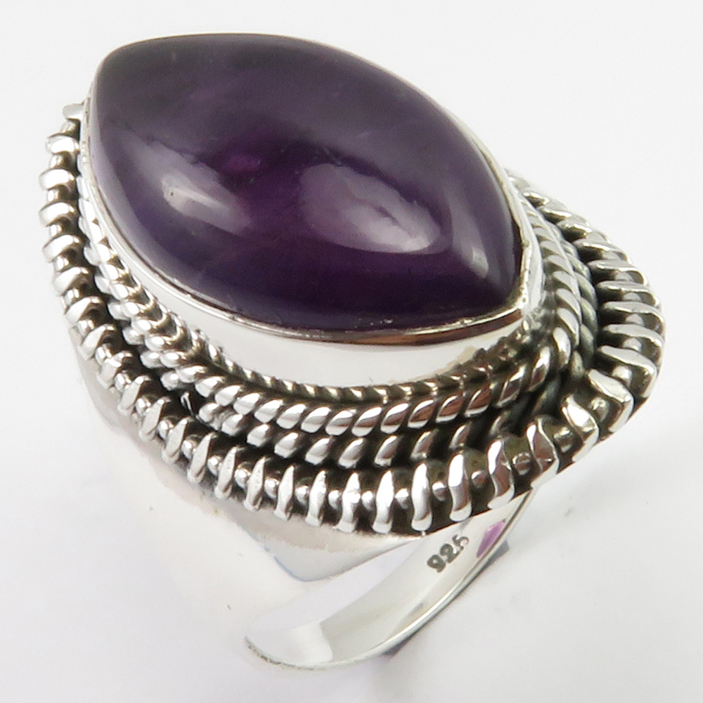 Amethysts Antique Style Finger Ring Sz 8 8.0 Grams Solid Silver Stone Jewelry Unique Designed