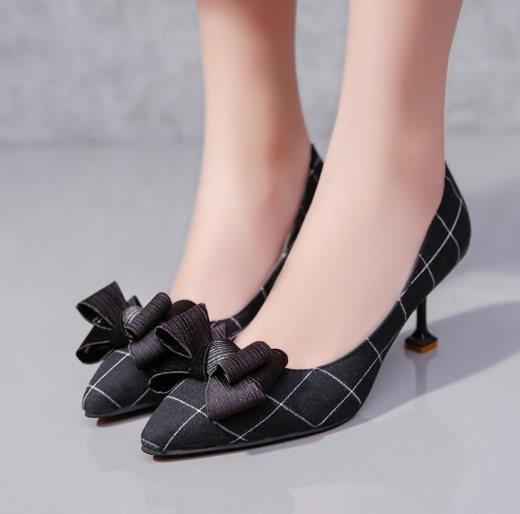 New high-heeled shoes, thick with a single shoe buckle shallow mouth thick waterproof platform versatile women crude with a single shoe shallow mouth high heeled shoes 2018 new fashion lady shoes for women high heeled shoes spring 39
