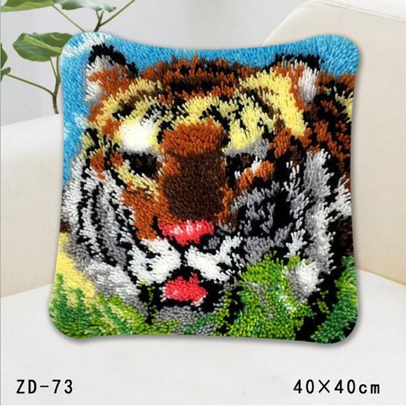 Latch Hook Rug Kits Embroideried Pillowcase Crochet Hook