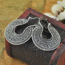 New Tribal Ethnic Retro Tibetan Silver Carving Round Dangle Earring Vintage Bohemian Jewelry Earrings For Women