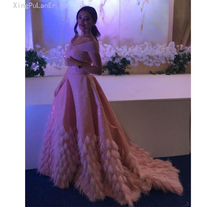 Bling Blush Pink Luxury Dubai Evening Dress 2019 Elegant Off The Shoulder Arabic Feather Prom Gown Long Formal Party
