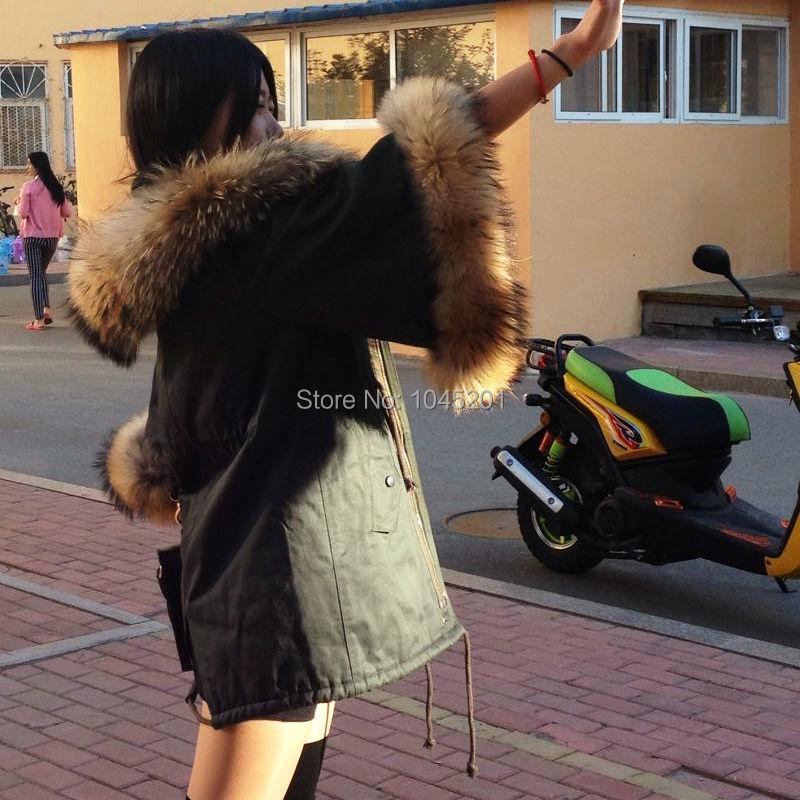 2017 new winter raccoon fur leader in green leisure coat cape coat female waist trumpet sleeves Sleeve Hooded Adjustable Waist