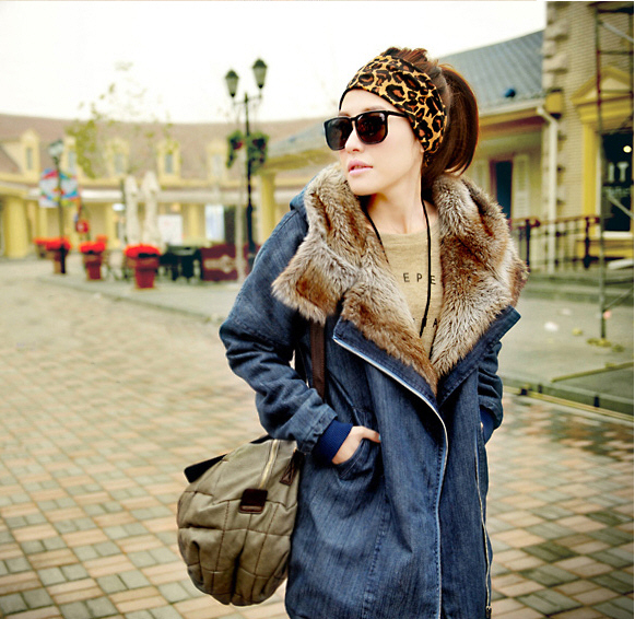 ФОТО Winter Warm Washed Denim Jacket With Fur 2015 New Loose Long-Sleeved Velvet Cotton-Padded Coat Jean Overcoat Free Shipping B1525