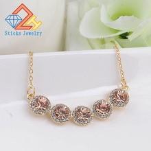 цены на New Crystal Statement Necklaces & Pendants for Women Fashion Gold Color Opal Flower Necklace Female Choker Jewelry в интернет-магазинах