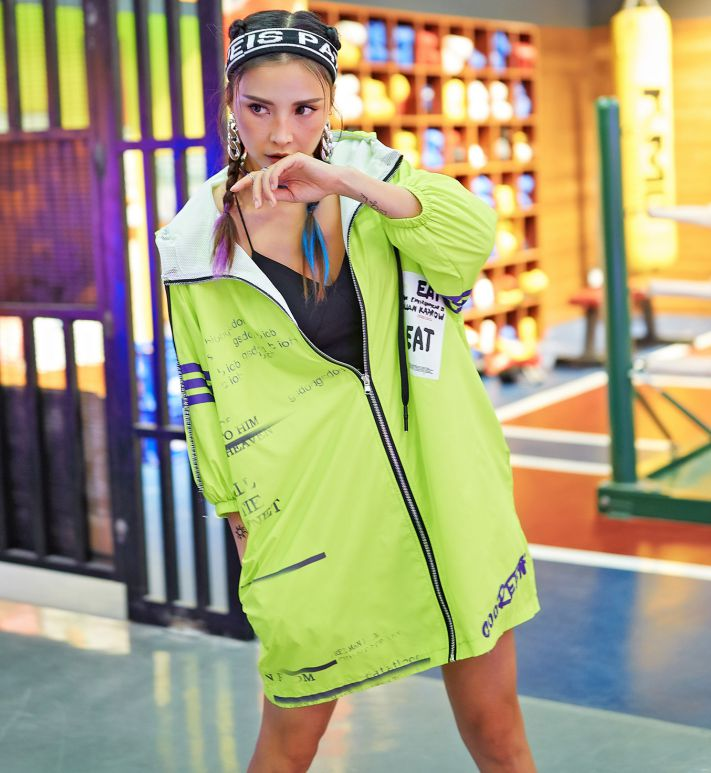2019 New Green Women Coat Fashion Hooded   Trench   Sunscreen Coat Letter Short Sleeve Long Design Breathe Coat
