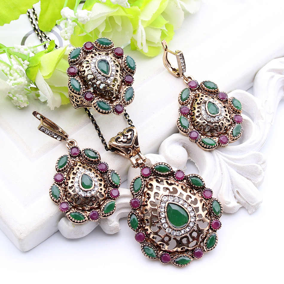 Ethnic Morocco Necklace Jewelry Antique Gold Color Resin Full Crystal Jewelry Sweater Pendant For Party Dresses Floral Women