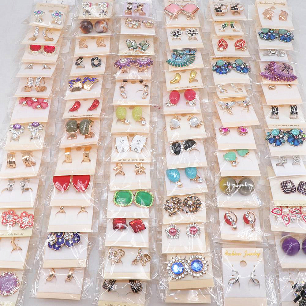 Women's Fashion 30pairs/lots Crystal Stud Jewelry Earrings European And American Mix Style
