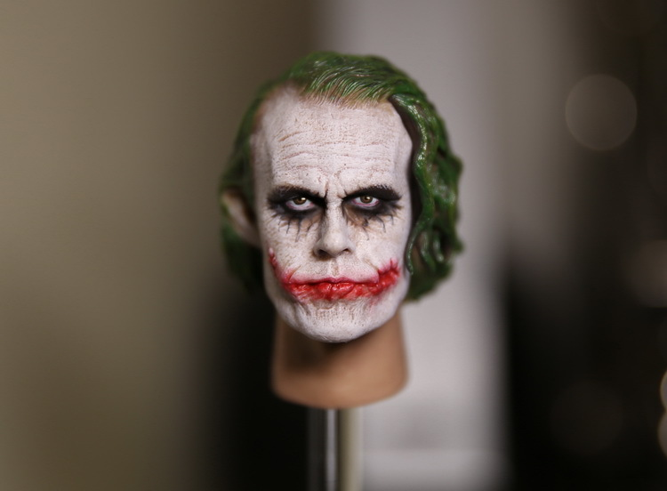 1/6 figure doll Batman joker Heath Ledger head shape for 12 action figure doll accessories Head carved not include body,clothes 1 6 male figure accessories batman joker heath ledger suit for 12 action figure doll not include body head weapon and other