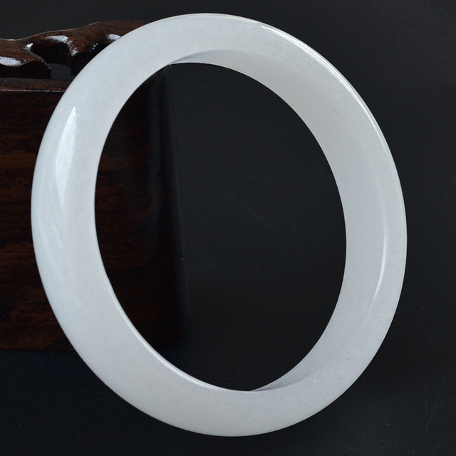 Bracelet Pierre De Jade Blanc