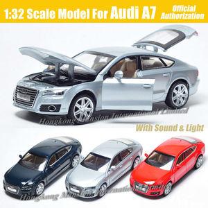 Image 1 - 1:32 ölçekli Audi A7 Sportback lüks lisanslı Diecast Metal alaşım koleksiyon toplama araba modeli ses ve ışık oyuncak araç
