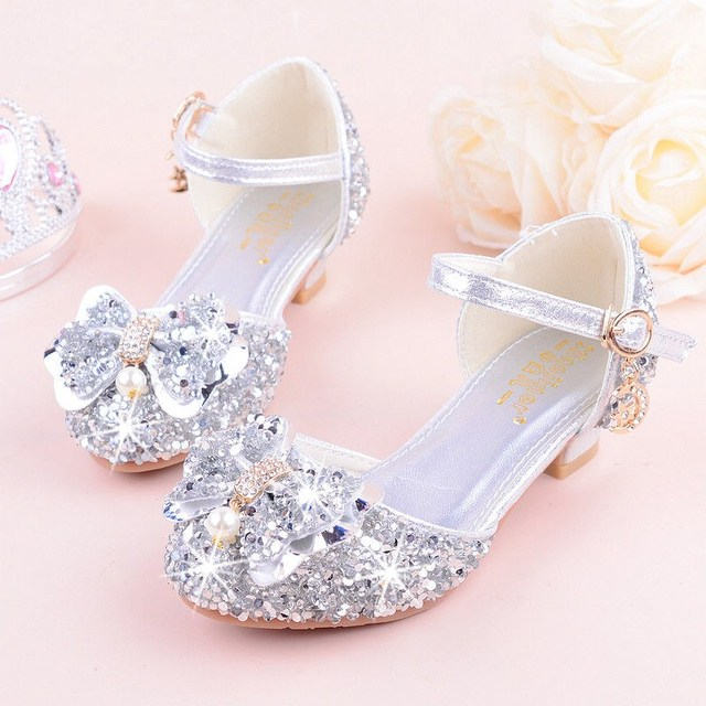 88d4ce4dc6 US $7.34 14% OFF KEYITODO Girl Sandals 2019 summer new Bow tie Sequined  shoes high Heel Princess model performance Rhinestone sandals L142-in  Sandals ...