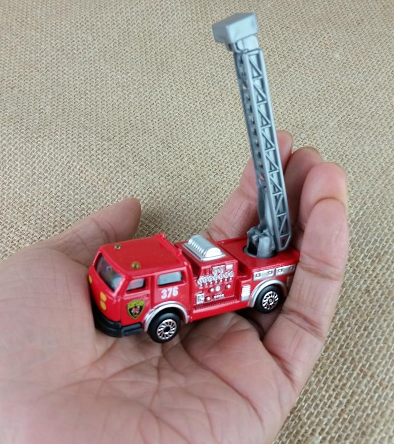 Celik Diecast Mini Miniatur 4