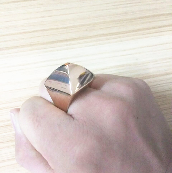 2017 Famous Brand Jewelry Luxury Punk Style Gold Greek Pyramid Rings