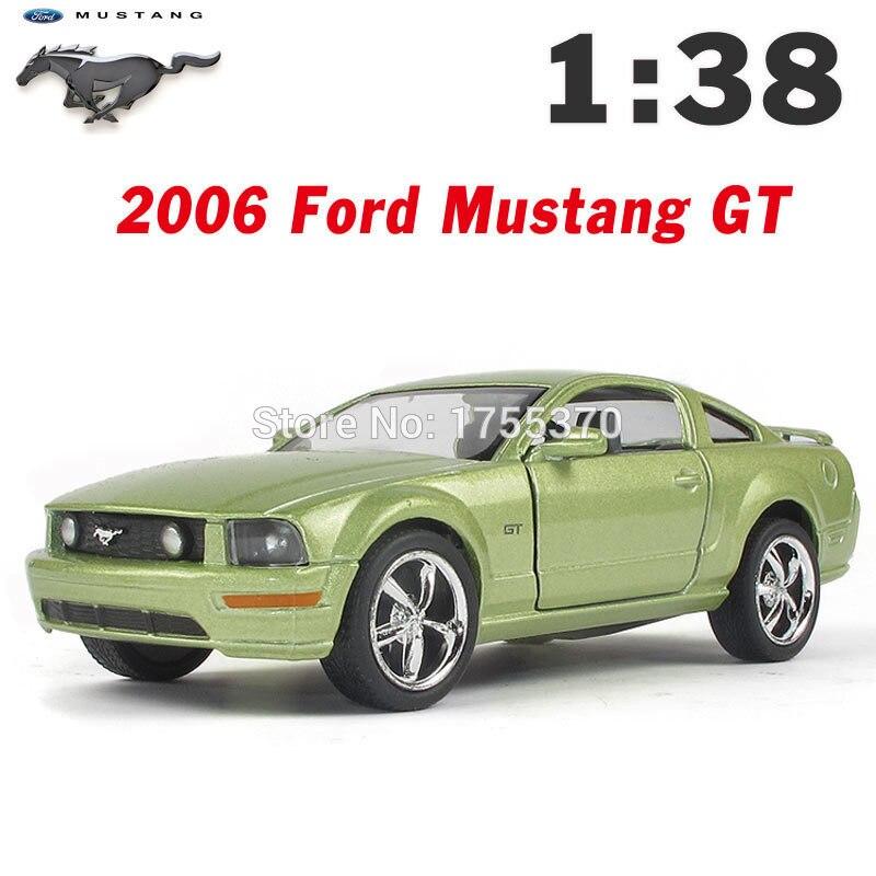 Maisto Yellow Smart Fortwo Open Door Diecast Metal Car: Kinsmart 2006 Ford Mustang GT 1:38 5Inch Diecast Metal