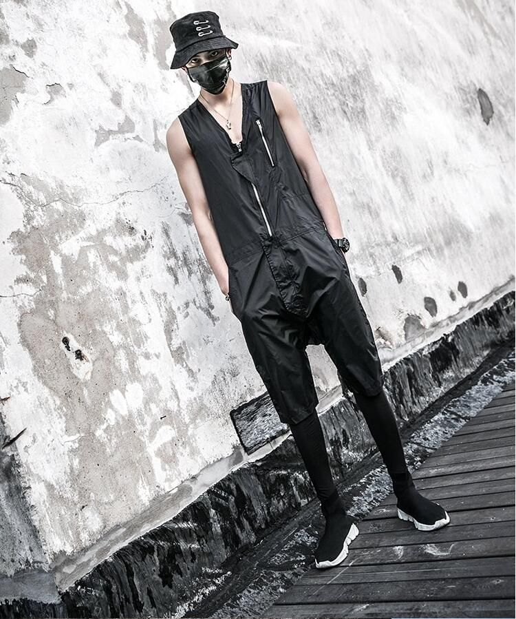 2019 Harajuku Summer hip hop Drop Crotch Mens Rompers Unique Designer Overalls Trousers Nightclub singer costume Jumpsuit 060903