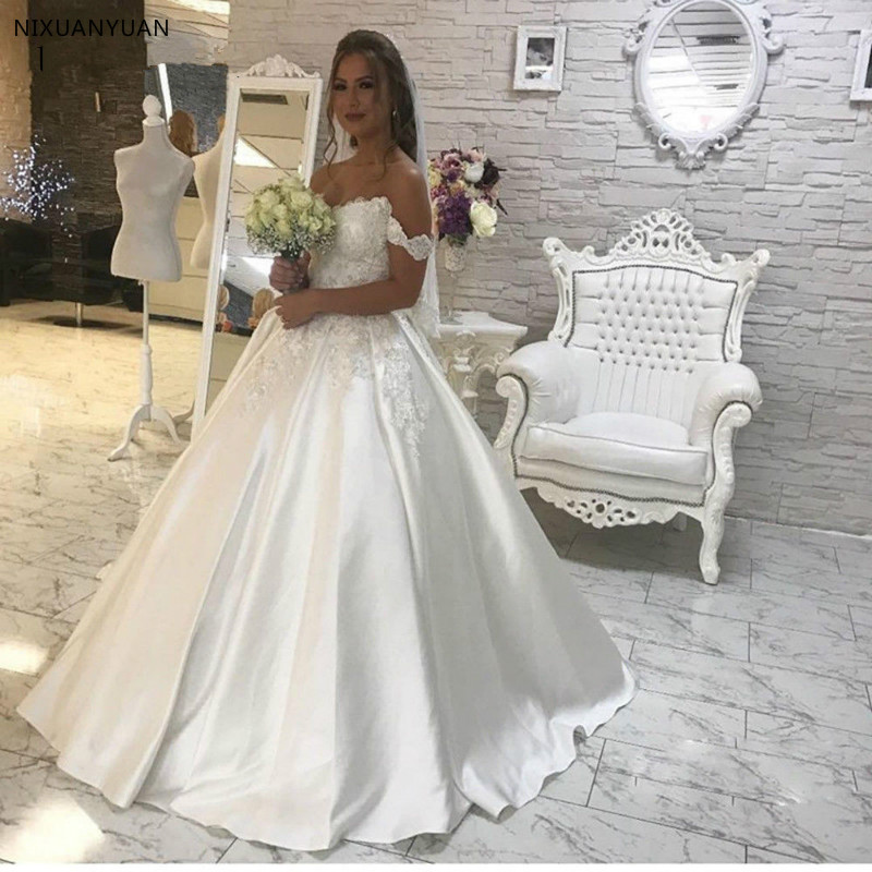 Vestido De Noiva 2019 Off The Shoulder Satin Wedding Dresses Ball Gown Satin Lace Boho Bridal Gown Dubai Arabic Wedding Gown