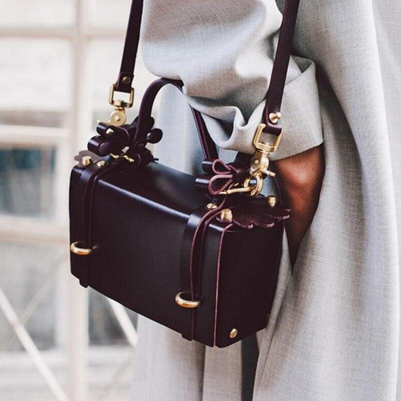 ФОТО New High Quality Handbag Rivet Ladies Evening Hasp Bag Female Wedding Bowknot Fashion Female Leather Shoulder Bag