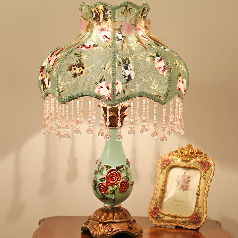 Современные светодиодные настольные лампы Спальня прикроватные тумбочки, Рабочий стол света Гостиная смолы настольная лампа домашнего ос