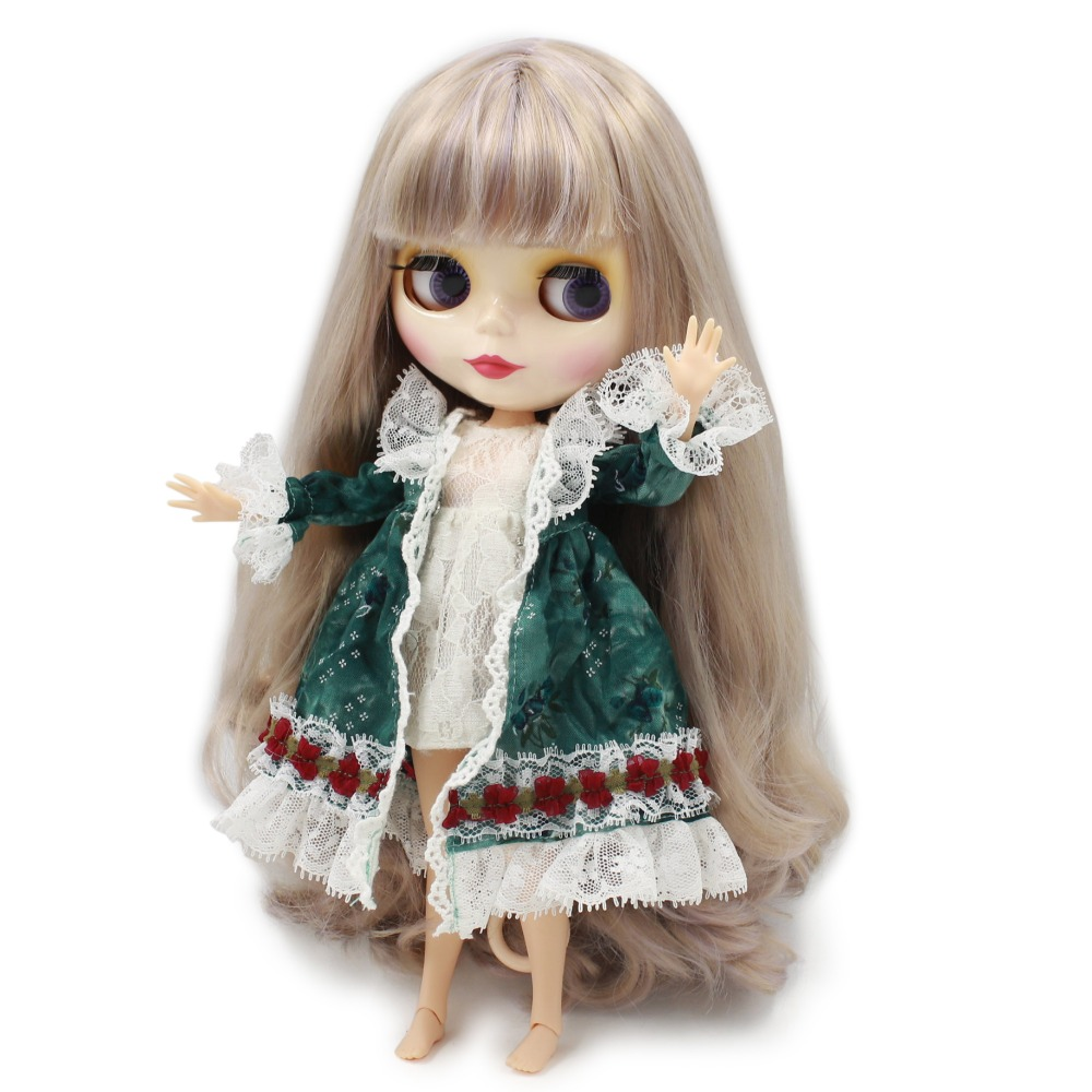 Neo Blythe Doll with Multi-Color Hair, White Skin, Shiny Face & Jointed Body 3
