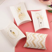 1PC Candy Gift Boxes Merry Christmas Swan Paper Pillow Shape Candy Guests Packaging Boxes Wedding Party Favors Kids Gift Decor(China)