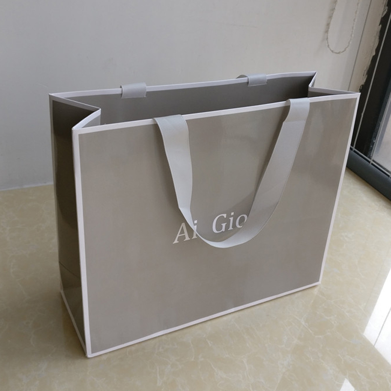 Wholesale 1000pcs/lot New fancy custom printed logo recycled luxury paper shopping bags with ribbon handle sealed into bags ads-in Shopping Bags from Luggage & Bags    1