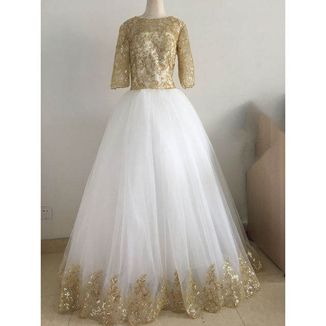 Modest Muslim Ball Gown Wedding Dresses Sheer Crew Half Sleeve Gold Lace Applique Pleats Formal