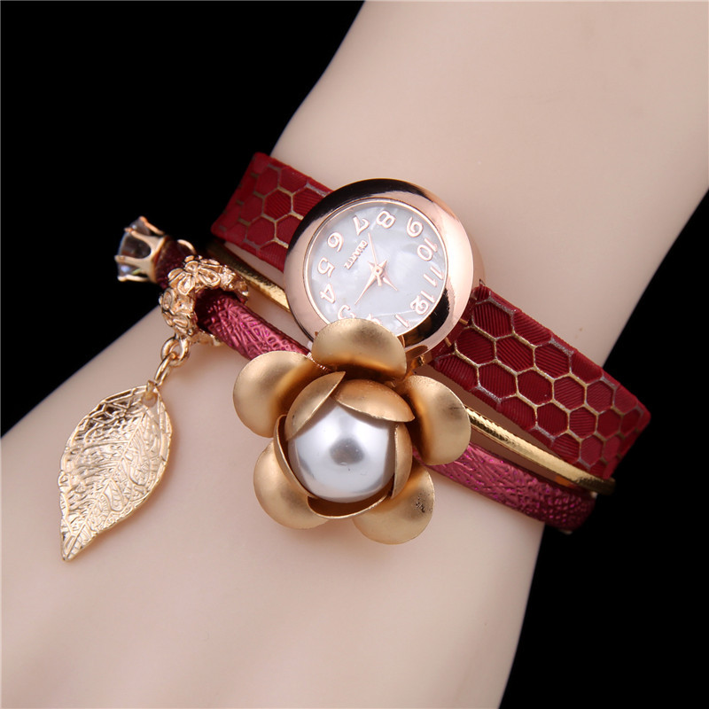 Novelty Designer Alloy Flower Leaf Pendant Charm Women Bracelets Bangle Wedding Party Elegant Females Wristwatch Jewellery ZB51