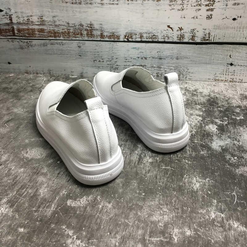 Moda marka kadın hakiki deri sürüngen Flats bayanlar loafer'lar beyaz deri Moccasins sneaker ayakkabı