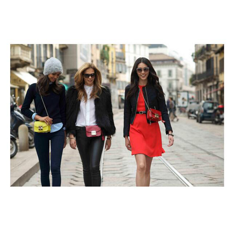 Drop Shipping Solid Chain Bag Women Classic Messenger Bag Geometric Fashion  Popular Shoulder Bag Female Brand Designer TLJ88C-in Shoulder Bags from  Luggage ... d978acafec1da