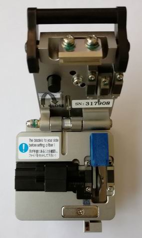 CZYSZCZENIE WŁÓKNA OPTYCZNEGO HPC-8S, ostrze z automatycznym - Sprzęt komunikacyjny - Zdjęcie 3