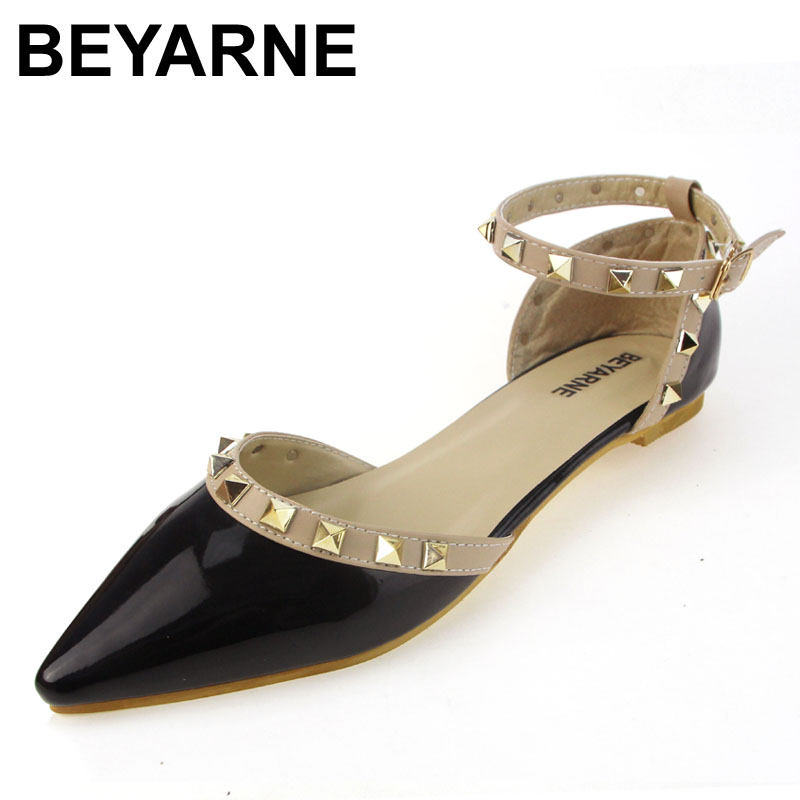 BEYARNE new arrival pointed toe women flats patent leather gladiator flats shoes sexy brand plus size stud women ballet flat women in the summer of 2018 the new patent leather nude wedges pointed toe pump work shoes leisure women plus size 35 40 a23