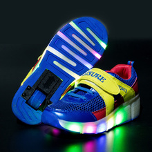 2016 Boys Shoes The Hleeys Glowing Sneakers Kids Shoes Fashion Light Up USB Recharging LED Sneakers With Wheels Chaussure Enfant