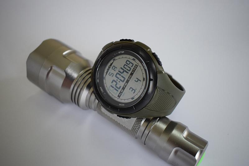 6b95ac03cce6 XFCS 2017 impermeable relojes digitales para los hombres reloj ...