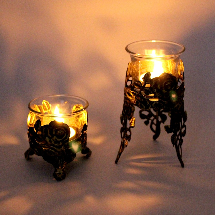 Vintage Candle Holder Iron Hollow Candlestick Decoration Romantic Dinner Atmosphere Decorative Cup Glass