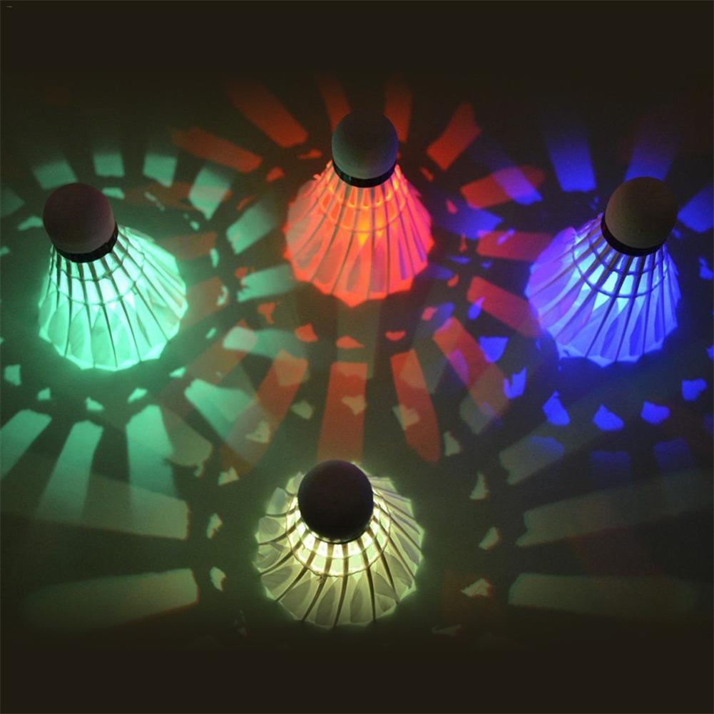 4 шт./упак. светодиодный освещение Бадминтон мяч Светящиеся Бадминтон Воланы
