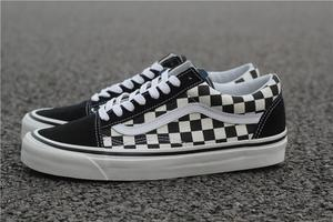 fceec2d3ad53 Vans women s sports shoes Genuine men s Sneakers Old Skool checkerboard slip