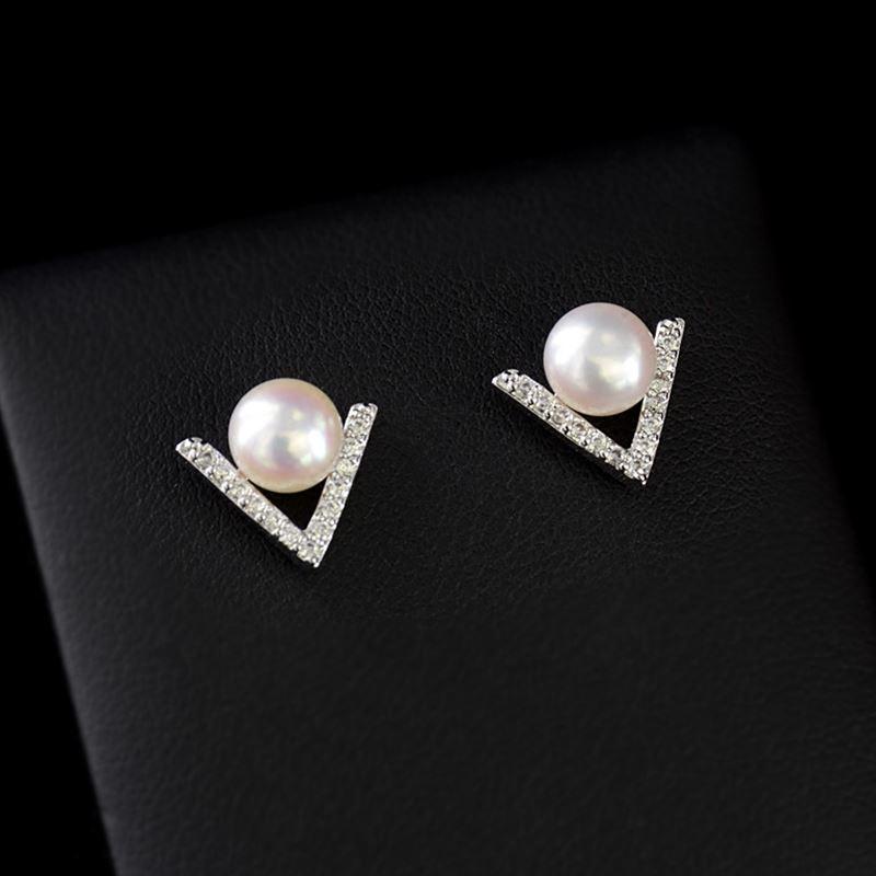 Stud Earrings Elegant Simulated Pearls Earring Brincos boucle d'oreille 2018 Crystal Bijoux HOT Selling