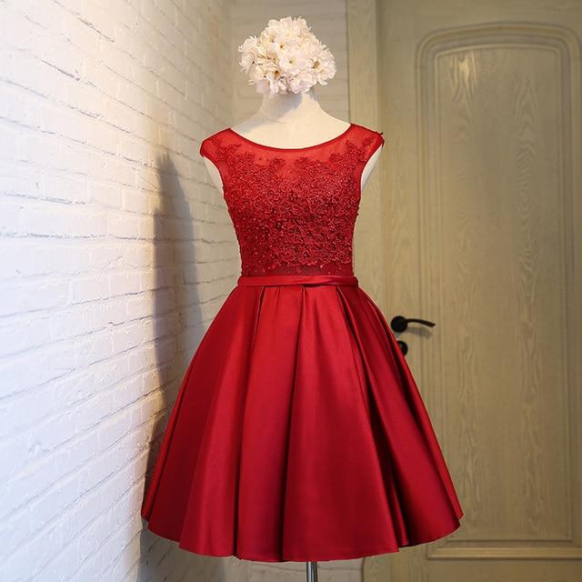 282c1389c4 Sexy Manga Cap Cuentas de Encaje Rojo Corto vestido de Cóctel 2016 Vestidos  De Satén Plisado