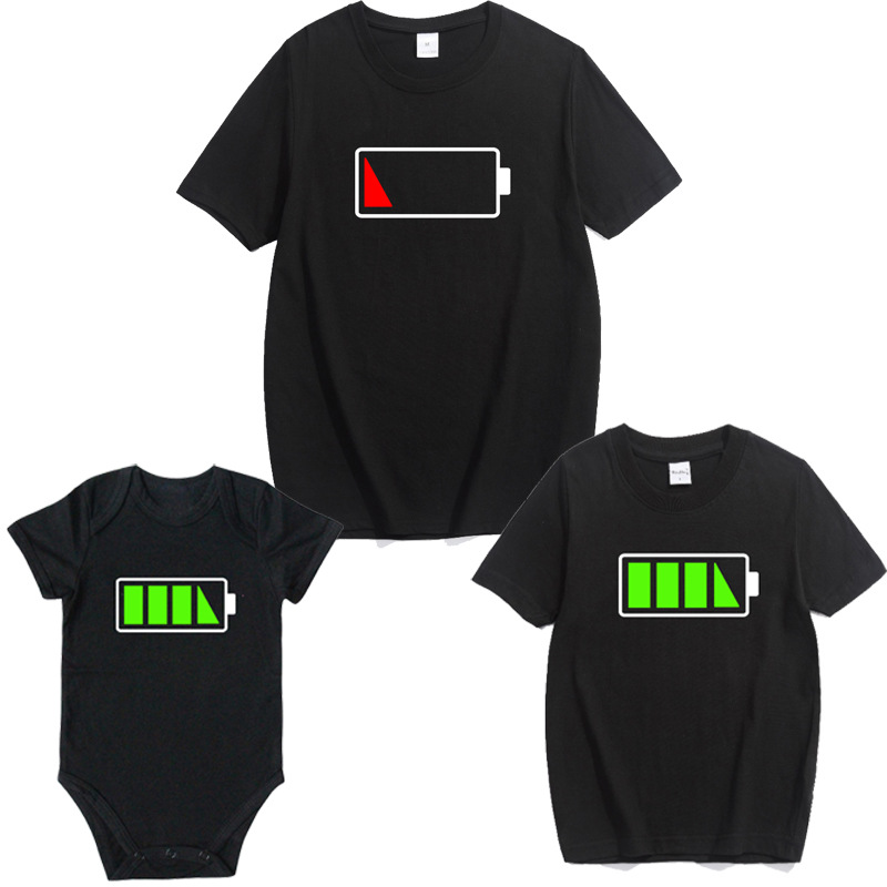 Семейные комплекты в семейном стиле для папы, для мамы, сына, дочери наряды Костюмы футболка новые футболки для мамы, папы и ребенка Одежда для маленьких мальчиков и девочек