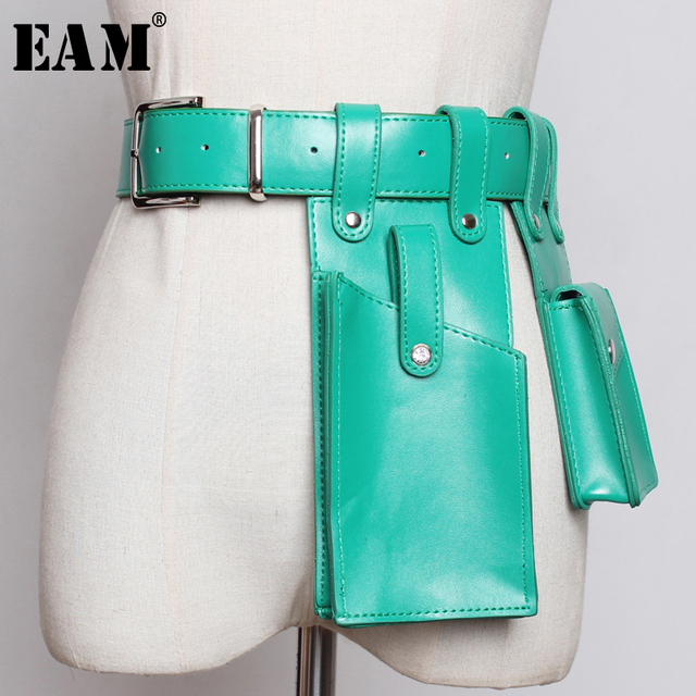 [EAM] 2019 New Spring Summer Pu Leather Buckle Split Joint Mini-bag Personality Long Belt Women Fashion Tide All-match JW183