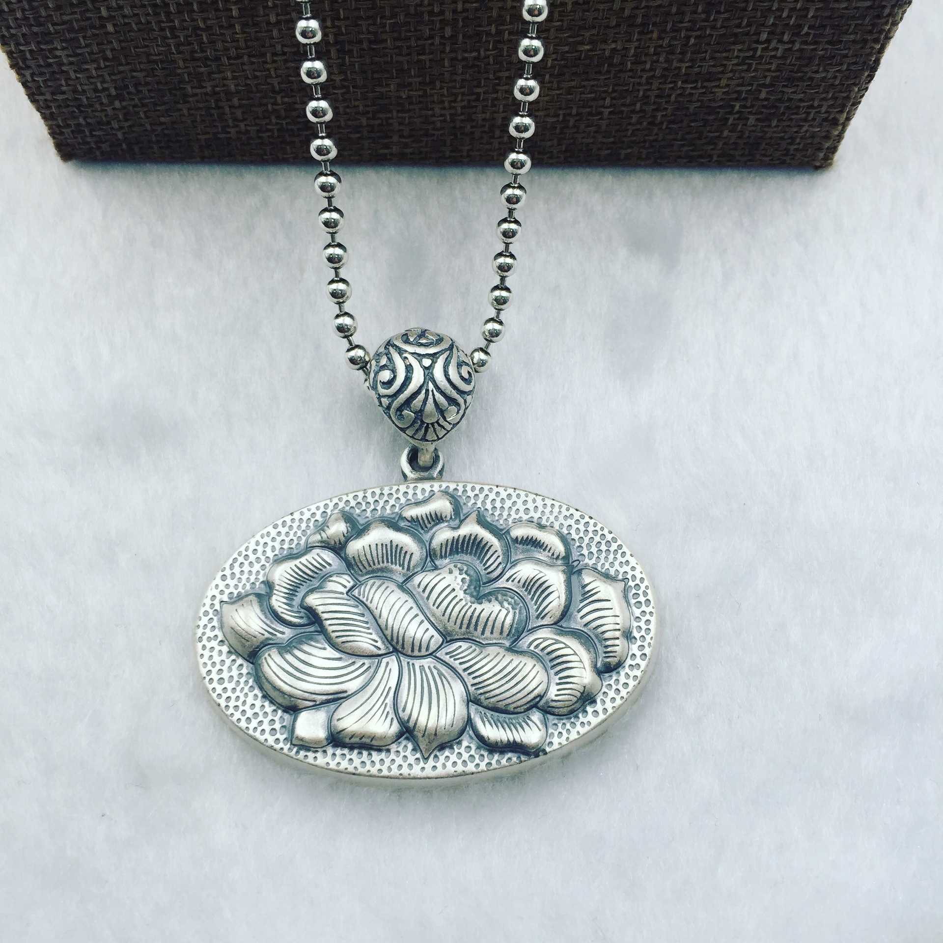 ancient Thai S925 pure silver intime big peony card STERLING SILVER ROUND OVAL SILVER PENDANT folk style sweater chain faux turquoise oval round sweater chain