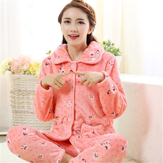 Envío de la nueva llegada del otoño y el invierno lindo pijama de mujer, engrosamiento de coral polar ropa de dormir, sistema del sueño de manga larga