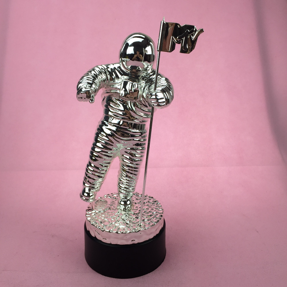 US $299 0 |2014 VMA Awards, MTV Trophy Awards, Home decoration MTV Moonman  Trophy Awards-in Statues & Sculptures from Home & Garden on Aliexpress com