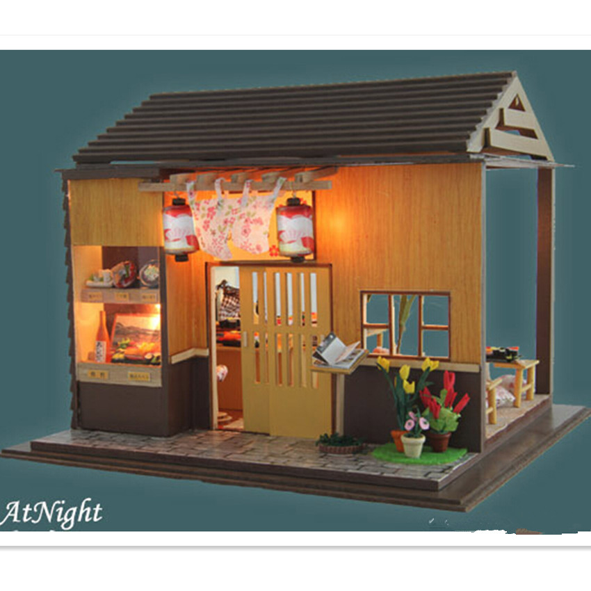 ><font><b>Japanese</b></font> Zakka <font><b>Style</b></font> Sakura Sushi Bar Dollhouse with Furniture, Novelty DIY Wooden Doll <font><b>House</b></font> Assembling Christimas Model Toy