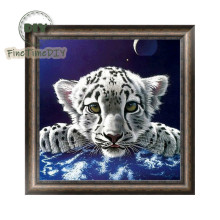 FineTime Tiger 5D DIY Diamond Painting Partial Round Drill Diamond Embroidery Animals Cross Stitch Mosaic Painting finetime white tiger 5d diy diamond painting partial drill diamond embroidery cross stitch animal mosaic painting