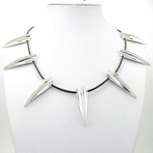 Black Panther Necklace Wakanda King T'Challa Cosplay Necklace Halloween Cosplay Necklace