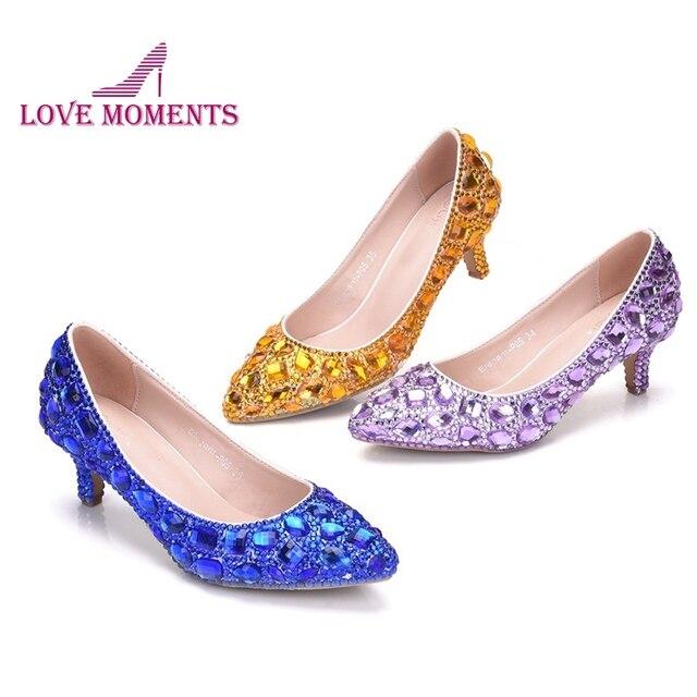 62ca9b77a 2019 Cinderela Prom Partido Sapatos de Salto Baixo Azul Royal Roxo Strass Ouro  Casamento Feitos À Mão Dama honra Noiva