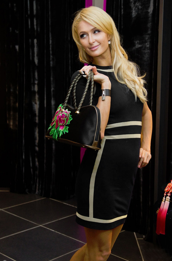 2015 Black Midi Dress White Stripes Bodycon Dress Autumn Spring Summer  Elegant o neck Celebrity party Pencil Dresses vestidos-in Dresses from  Women s ... da99e6adaf1b