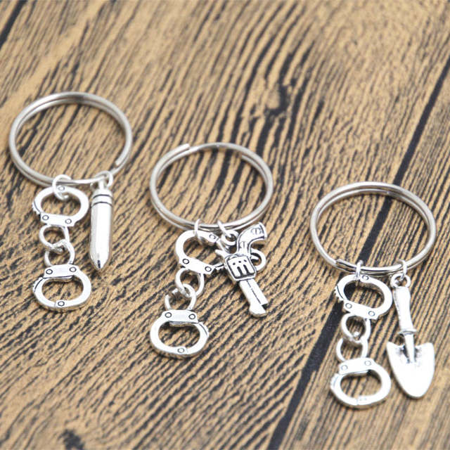 af1eb9ac3 24pcs 3 Partner In Crime inspired Keyring Best Friends BFF Token Key Chain  Handcuff charm in silver-in Key Chains from Jewelry & Accessories on ...