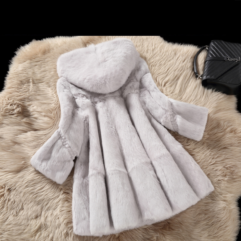 Whole Skin Real Rabbit Fur Winter Coat Outwerwear Women A Line Loose Fit Natural Fur Coats With A Hood 2018 Autumn